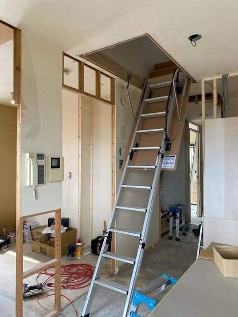 天井用はしご20200724190226.jpg