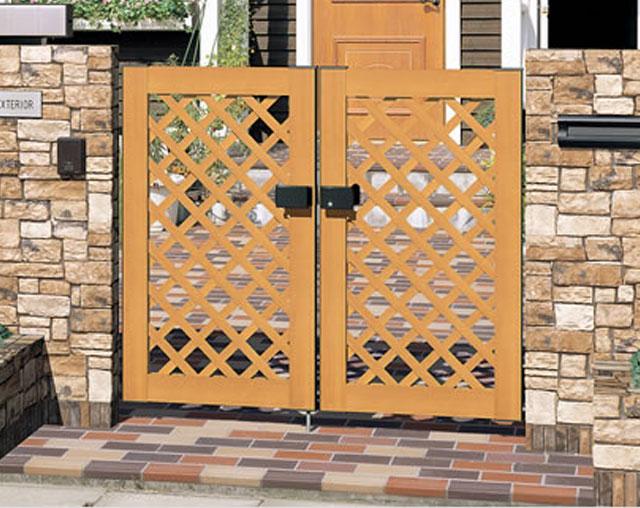 木製・木粉入り樹脂門扉